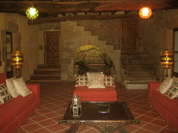 El Turo, one of many living rooms, this one of Moorish inspiration