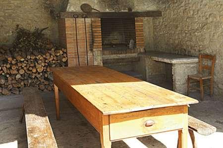 Mas Dalt, un de les deux zone barbecue