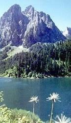 Els Encantats, al llac de Sant Maurici (moltes mercès Esteve Coll)