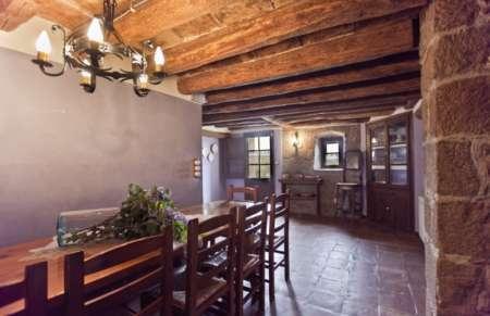 Vila de Bernadas, dining room 2