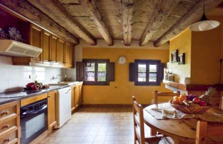 Vila de Bernadas kitchen